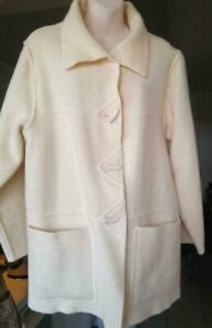 LINDA LUNDSTROM 12 L SPRING JACKET Wool Blanket Stitched Like new LARGE Cream Off-White Sweater