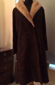 Stunning Vintage Persian Wool 1940/50s Coat