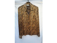 Wallis Gold & Black Abstract Design Ladies Blouse