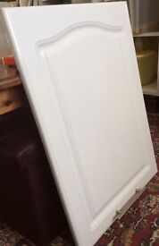 WHITE GLOSS DOOR FOR KITCHEN CABINET - £5 - 715mm x 500mm