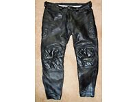 QUALITY GENTS CRUSADER BLACK LEATHER MOTORCYCLE TROUSERS Can deliver Ipswich area