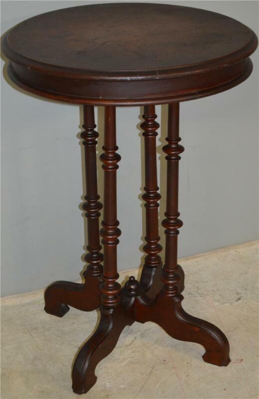 17913 Victorian Walnut Round Lamp Table / Nightstand