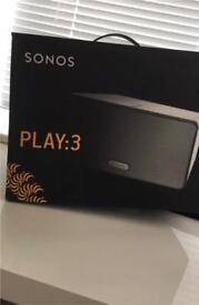 White SONOS Play:3 Wireless Multiroom Speaker