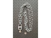 High Security 'Master' Padlock with 2m length of chain.