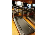 Life Fitness LifeFitness Treadmill 95T - 5 For Sale