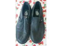 Vans unisex shoes size 8