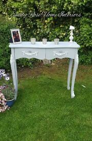 Beautiful French Style Console/Hall Table