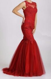 Beautiful Red Dress Suitable for graduation / prom / wedding reception £200 ONO Size XS