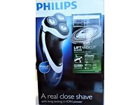 AS NEW, Philips Shaver Series 3000 PT720 with Genuine Philips Replacement Shaving Heads