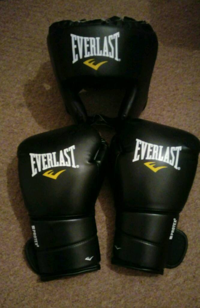 Everlast Boxing gloves & headguard