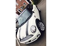 Mini Cooper in excellent condition