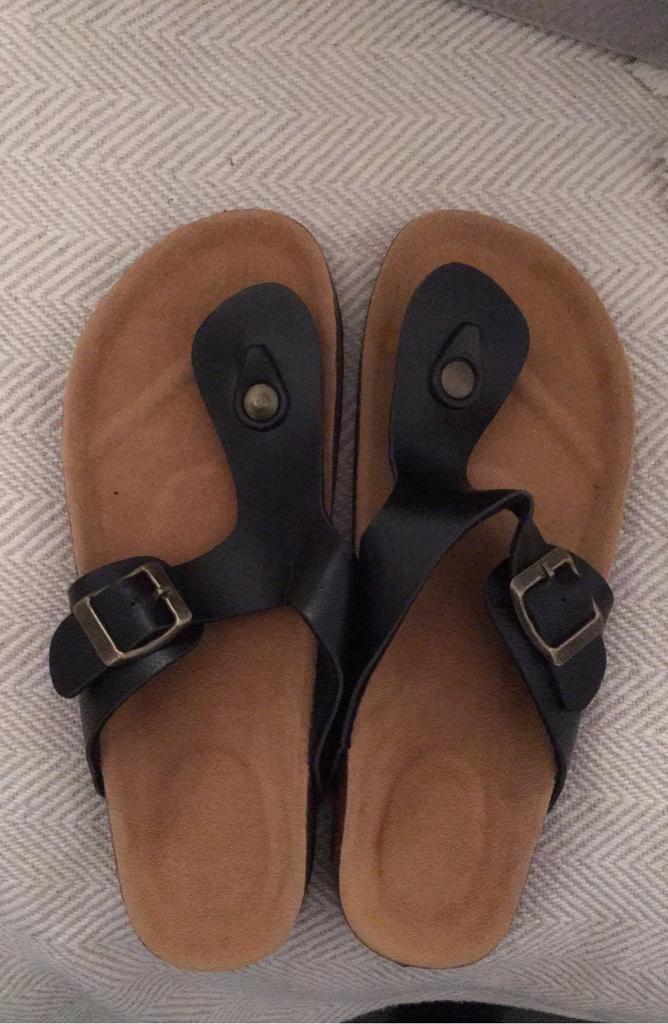 Black sandals size 4 eur 37