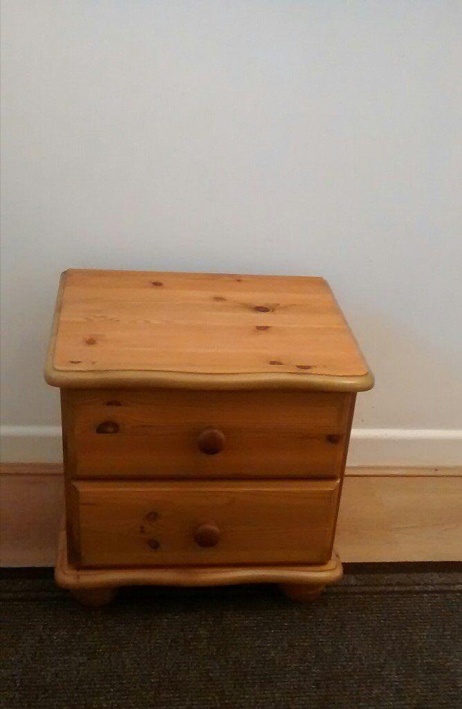 1 x nice little pine 2 drawer cabinet on bun feet
