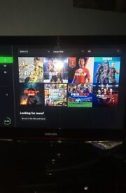 XBOX ONE 1TB CONSOLE (GAMES INCLUDED)