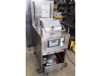 HENNY PENNY ELECTRIC 8 HEAD CHICKEN PRESSURE FRYER without basket