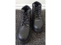 Arco 376 Mens Chukka Black Safety Boots - Size 8 - BRAND NEW Steel Toe Cap