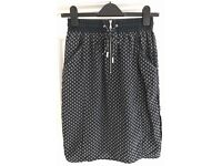 Whistles Size 8 Silk Patterned Pencil Skirt £5