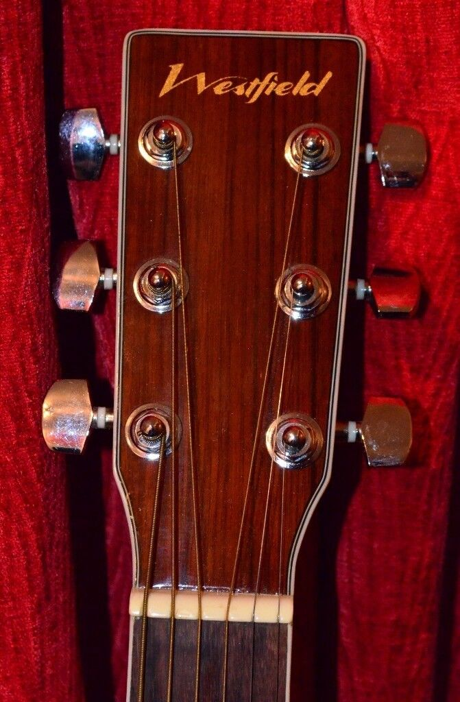 Westfield WF400N Western acoustic guitar. Immaculate condition with extras