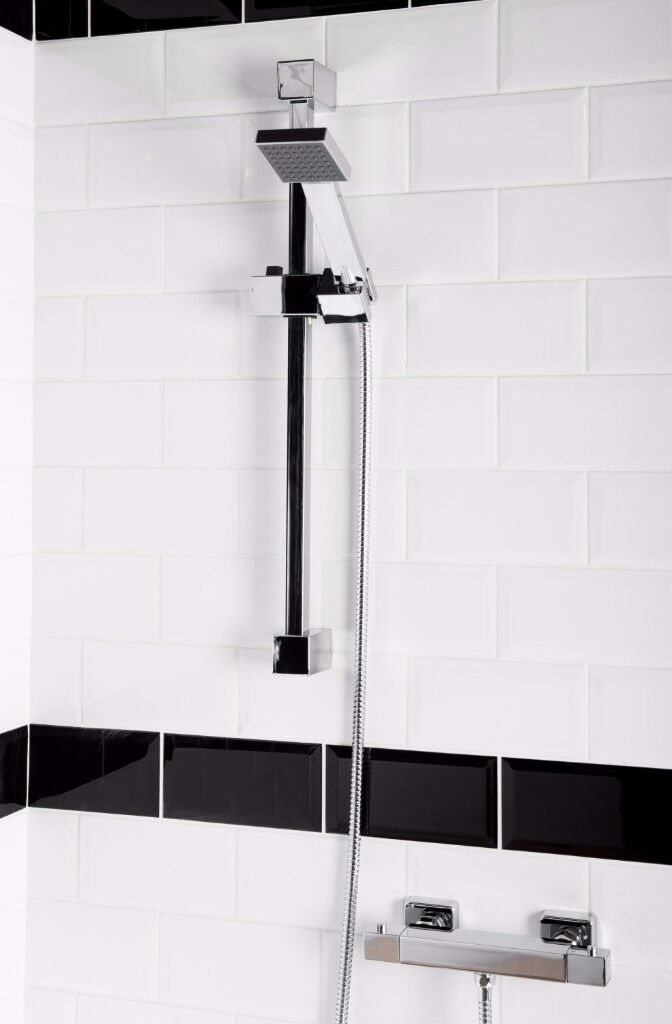 Brand New Squire Square Shower with Thermostatic Bar Valve