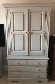Chest Wardrobe- Gorgeous Chic Style