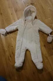Winter snowsuit / Pramsuit 6-9 months
