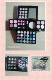 45 Piece Make Up Set - Brand New
