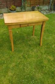 FOLD OVER TABLE