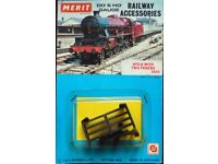 Merit OO/HO Gauge Railway Accessories - 5024 Stile with Two Fences