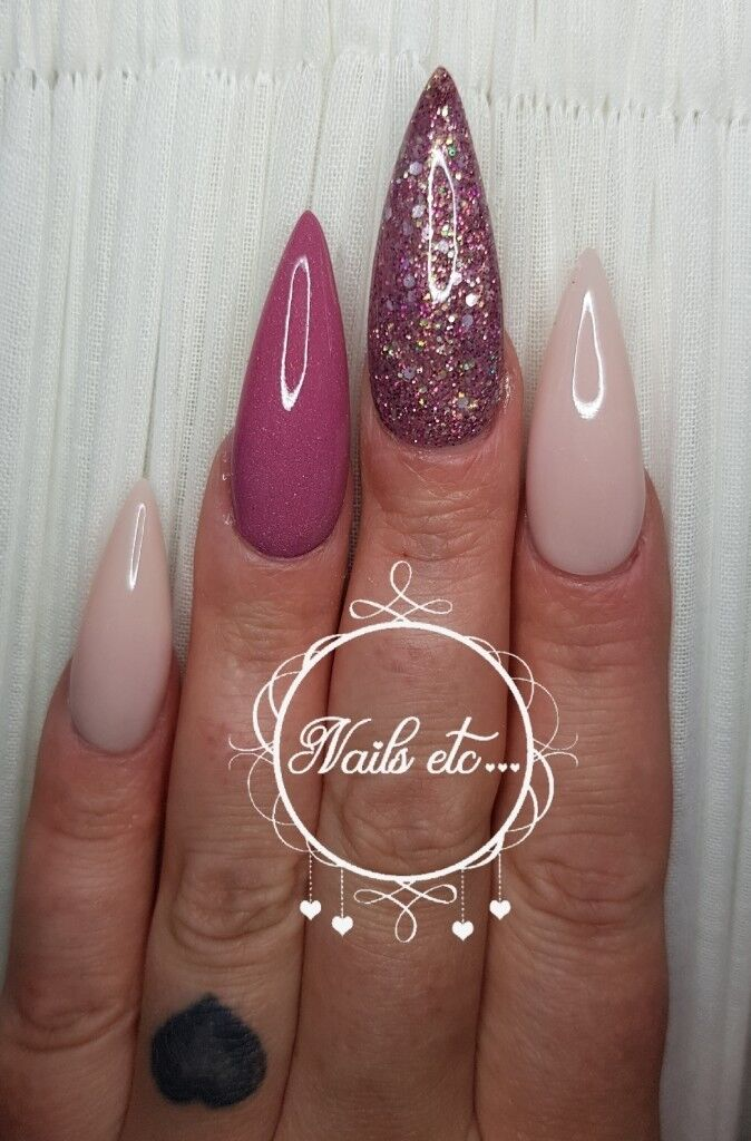 Mobile Nail Technician Beautician Fully Qualified