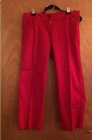 2 Tommy Hilfiger cropped trousers us8/ uk12 - red and beige