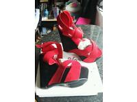 BRAND NEW RED BLACK SUEDE WEDGE SANDALS UK 6