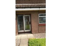 3 bedroom semi detached house in Dunnikier estate ,Kirkcaldy , near all ammneties on bus route
