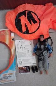 One Action man with 2 outfits & accessories
