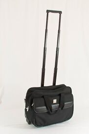 Wheeled laptop case with carry handle and strap