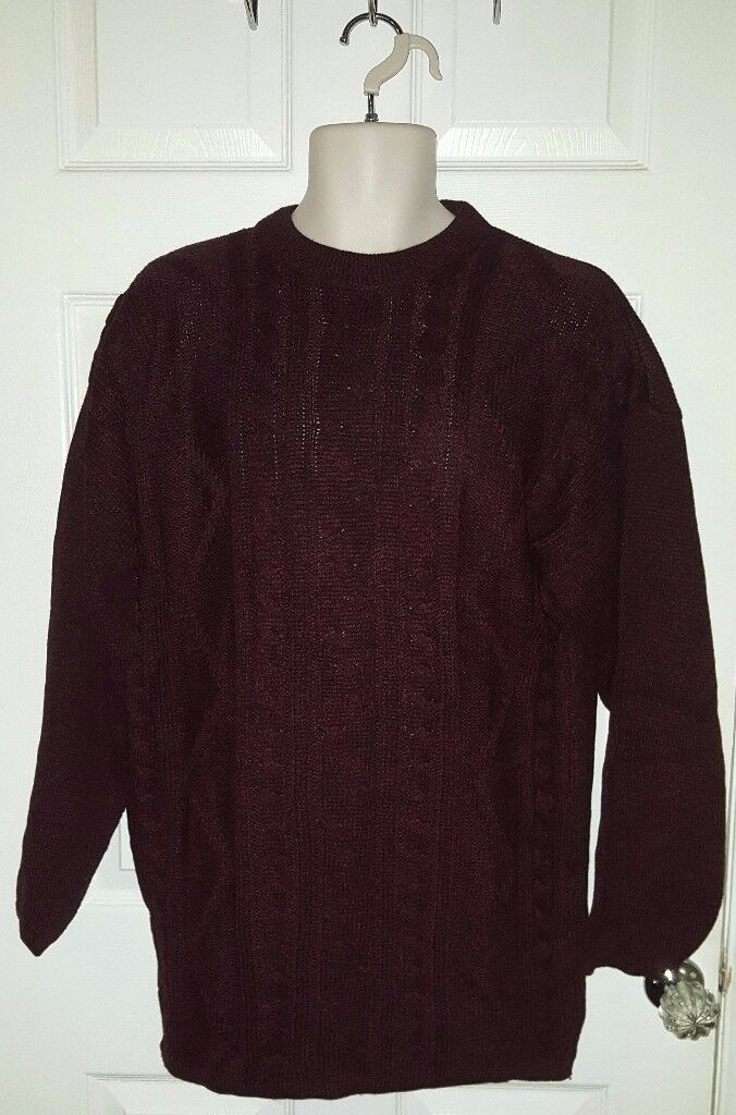 Unisex jumpers for sale (New - NEVER been worn) - only £1 each