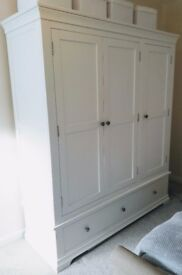 Chantilly White Triple Wardrobe - The Cotswold Company. £350