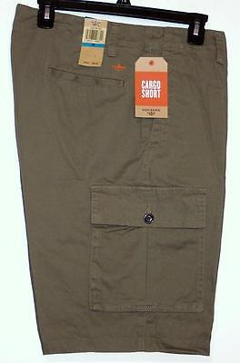 NWT Men's Dockers Cargo Shorts  Size 30 32 36 38 Olive Green