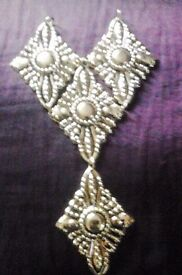 New Sew On Gold Toned Jewellery Ornate Neckline Decolletage Trim Sewing Applique.