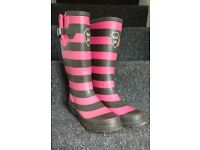 Weird Fish wellies, size 6