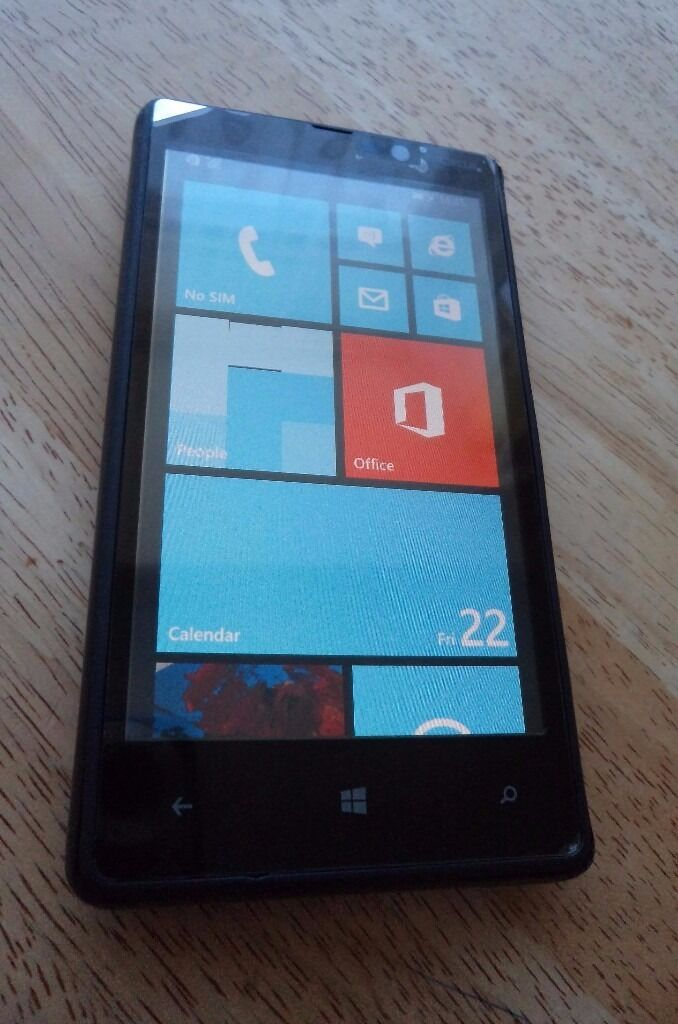NOKIA LUMIA 820 Windows 8.1 mobile phone smartphonein Shirehampton, BristolGumtree - NOKIA LUMIA 820 Windows 8.1 mobile phone smartphone. Screen is perfect like new, always used with screen protector. Perfect working order. Signs of use on the back cover but nothing serious. Locked to o2. Phone and charger only