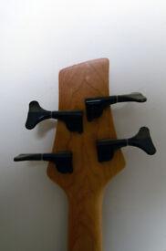 Vintage V940 Fretless Active Bass Guitar