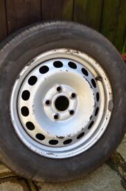 VW CADDY STEEL WHEELS AND CENTRE CAPS