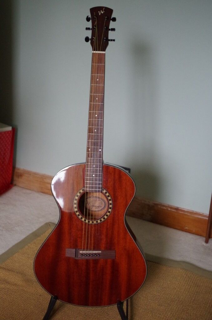 Andrew White Cybele 100j Nat Beautiful Acoustic Guitar In Dursley