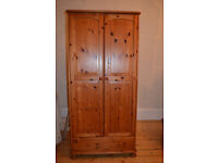 Pine Wardrobe with Clothes Rail and Drawer 179 x 85 x 52 cm