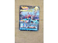 NASCAR Diecsat - Hot Wheels Pro Racing Kyle Petty and Toolbox