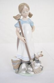 "Lladro Figurine #Original ""Playful Kittens"" Girl Mopping with Cats"