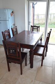 Premium dining set / Table and 6 chairs