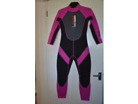 NALU WETSUIT IN EXCELLENT CONDITION