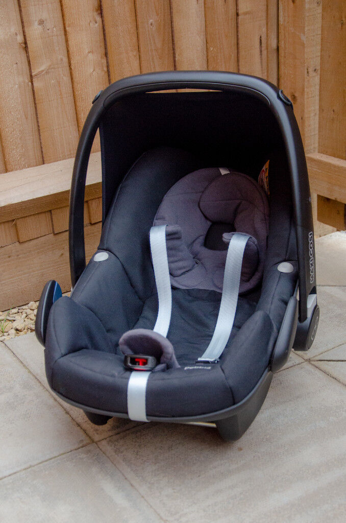 Maxi Cosi Pebble Car Seat And Infant Carrier With Insert
