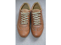 Massimo Dutti leather Shoes size 41 / 7.5 (like new)